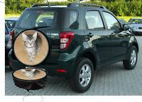 Ihr Kätzchen  eigenes Foto Auto Suzuki SUV Caravan Jeep u.Ande. Reserverad Bezug