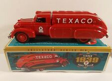 Ertl 1925 Texaco 1939 Dodge Airflow Tank Truck Bank