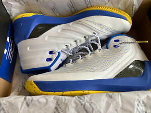 """Under Armour Stephen """"Curry 3 Dub Nation"""" SC30 Golden State Warriors EUR 44,5"""