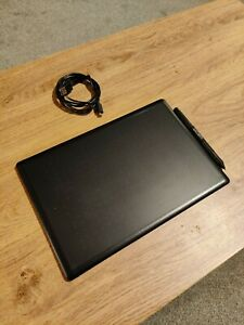 Wacom One Graphics/Drawing Tablet