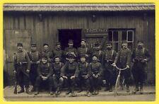 cpa CARTE PHOTO Soldats du 95e Régiment Militaires Poste de Police Uniformes