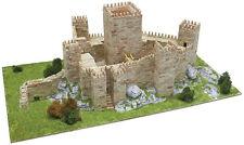 Aedes 1013. Maqueta Castillo de Guimaraes. Construccion de ladrillos