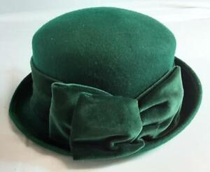 Berkertex Womens Hat. Green Wool With Velvet Bow. One Size.