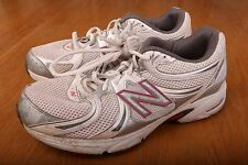 New Balance 470 White and Pink Tennis Shoes Womens Size 11 B
