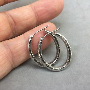 "10K White Gold Oval Hoop Earrings Locking Post Textured Finish 1"" x 3/4"" RL"
