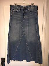 3263da1d25d40 LEVI S Jean Skirt Size 7 Long Modest Denim Boho Maxi No slit med Wash