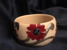 Fab! Vintage Etro Mother of Pearl Inlaid Floral Design Cream Bangle Bracelet
