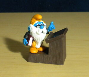 Smurfs 40260 Principal Grandpa Smurf School Teacher Vintage Figure PVC Figurine