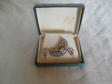 Lovely  clear rhinestones  brooch & earrings new old stock