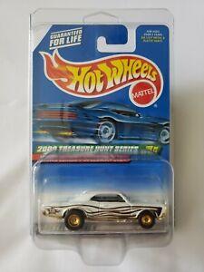 New 2000 Hot Wheels Treasure Hunt Series '67 Pontiac GTO TH in Protecto Pak