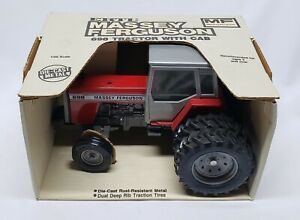 Massey Ferguson 698 Tractor With Cab And Duals 1/20 Scale By Ertl