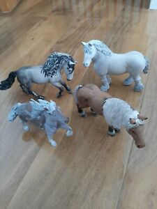 Schleich horses bundle, 4 horses, partially started prepping for remodelling.