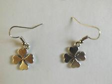 Boucles d'oreilles argentées trèfle à 4 feuilles porte bonheur