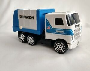 Buddy L Sanitation Mack Truck 1980 Macau - Vintage - Slightly Used -