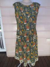 Cute 1970s vintage Balinese-print sleeveless cotton dress size 12 - 14 (US 8-10)