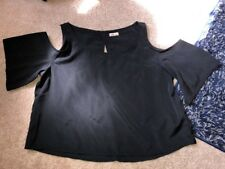 EUC HOLLISTER COLD SHOULDER BLack TOP, S