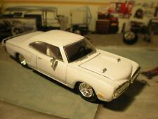 1970 70 DODGE SUPER BEE V-8 MUSCLE CAR MODEL 1/64 LIMITED EDITION WHITE
