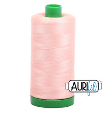 Aurifil Cotton Quilting Thread - 40wt - 1000m - 2420 - Fleshy Pink
