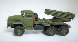 """Ural-4320D Geschosswerfer BM-21 """"Grad"""" (1:87)"""