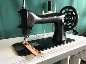 Singer 45K Industrial Sewing Machine Leather