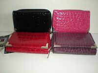 ATTRACTIVE FABRETTI ZIP TOP PURSE WITH FRONT FLAP AND REAR WINDOW 33535