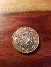 2013 £ 2 moneda de dos libras de tecnología de pie sobre los hombros de los Gigantes