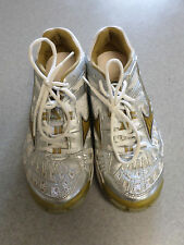 """Mizuno """"Wave Lightning"""" White, Silver and Gold Vollyball Shoes Women's 9"""