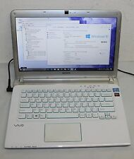 "Sony VAIO SVE14A2A4E 14"" 500 GB, Intel Core i3 2,40GHz, 4GB Radeon Grafik"