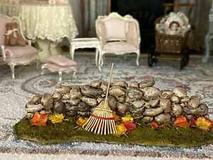 Vintage Miniature Wee Forest Folk RETIRED 2015 Base Fall Leaves Rock Wall Autumn
