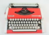 RED OLYMPIA TRAVELLLER DELUXE - Vintage portable working typewriter