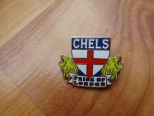 CLASSIC CHELSEA FC 'PRIDE OF LONDON' + ENGLAND FLAG & LIONS FOOTBALL PIN BADGE