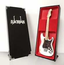 Mick Mars (Motley Crue) - LSL Saticoy: Miniature Guitar