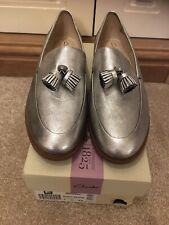 LADIES CLARKS TAYLOR SPRING SILVER METALLIC TASSEL LOAFERS SIZE 7 UK NEW