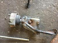 VW T4 TRANSPORTER 2.5 TDI 88HP 2002 GEARBOX MOUNTING TO INNER WING