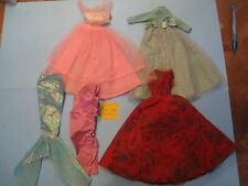 Tenue pour poupée taille Barbie un lot de vêtements ETAT MOYEN lot N°1011