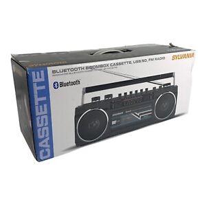 SYLVANIA - SRC232BT-BLACK - Bluetooth Retro Cassette Boombox with FM Radio Black