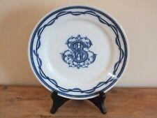 Assiette ancienne en porcelaine de Tournai ou Arras - Monogrammée
