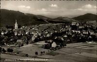 Winterberg Hochsauerland Postkarte 1956 Teilansicht mit Wiesen Felder Kirchturm