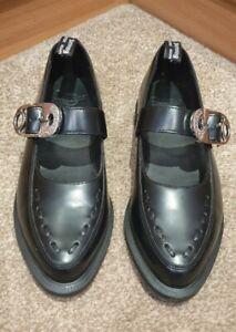 RARE! GORGEOUS! Dr Martens Camney Black Shoes Size UK 4