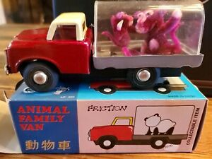 VINTAGE TRUCK MONKEY BABOON ANIMAL FAMILY VAN FRICTION TOY CHINA 1960's WITH BOX