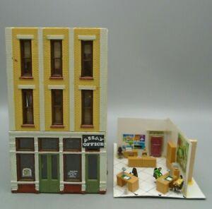 Vintage Model Railroad Assay Office Bank 3 Story Building & People HO Scale