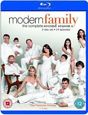 Modern Family Season 2 (Blu-Ray, 2011, 3-Disc Set) FREE SHIPPING