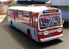 TTC Toronto New Look Fishbowl Bus  1/43  IXO48