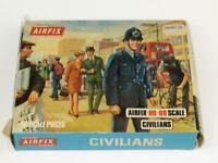 Vintage Airfix HO/OO Scale CIVILIANS Type 3 Box S6-69 Complete 48 Pcs On Sprue