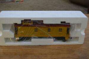 MTH O Scale Rail King Rugged Rail Series #33-7803 UP Wood Lighted Caboose NIB