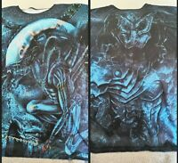 Alien v Predator Double Sided T Shirt Loose Fit UK Mens M Japanese Import