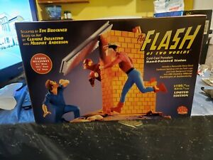 The Flash Of Two Worlds Statue DC Direct