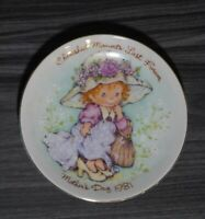 """Vintage 1981 Avon Mother's Day Cherished Moments Small Porcelain Plate~5"""""""