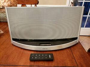 BOSE SoundDock 10 Digital Music System W/Remote