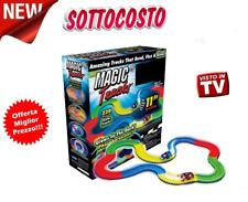 MAGIC TRACKS PISTA BASE BRILLA AL BUIO AUTO DA CORSA BASE TRACCIE GLOW BAMBINI